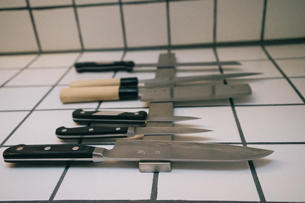 Knivar, knivar, knivar.