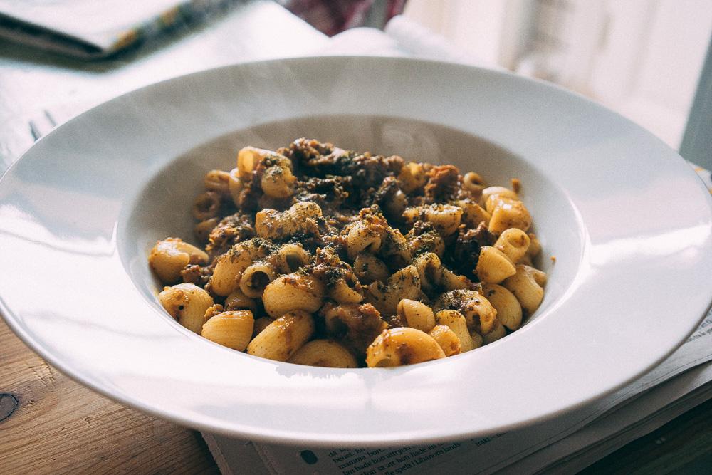Den sydindiska kycklingcurryn funkar fint med pasta också.