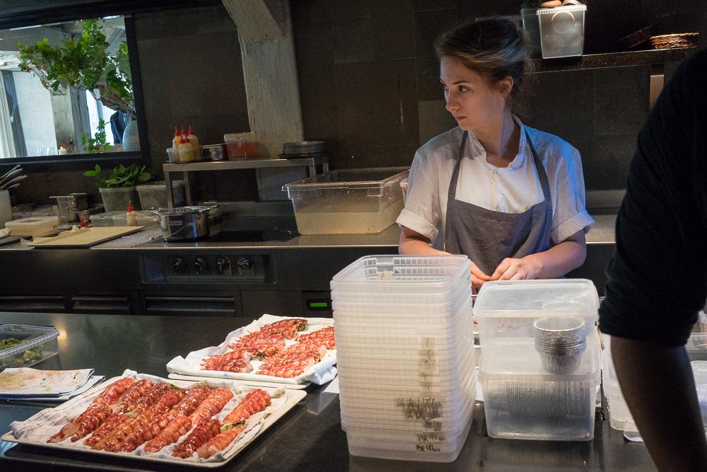 Trots den stora personalstyrkan är köket på Noma oklanderligt städat.